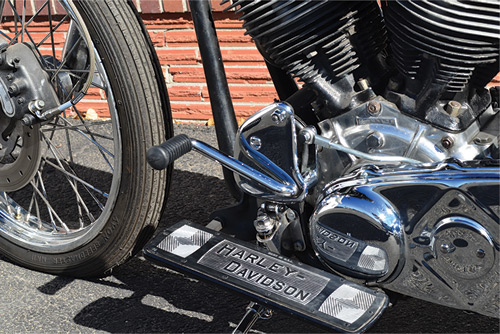 Lee-style-clutch-pedal-conversion-for-Harley-Davidsons-with-the-factory-rocker-clutch